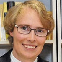 dr Esther Omlin